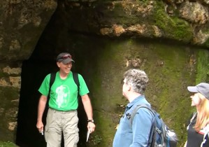 "Joe Orr shows David Stuart and Mary Kate Kelly ""secret"" path through labyrinth at Yaxchilan."